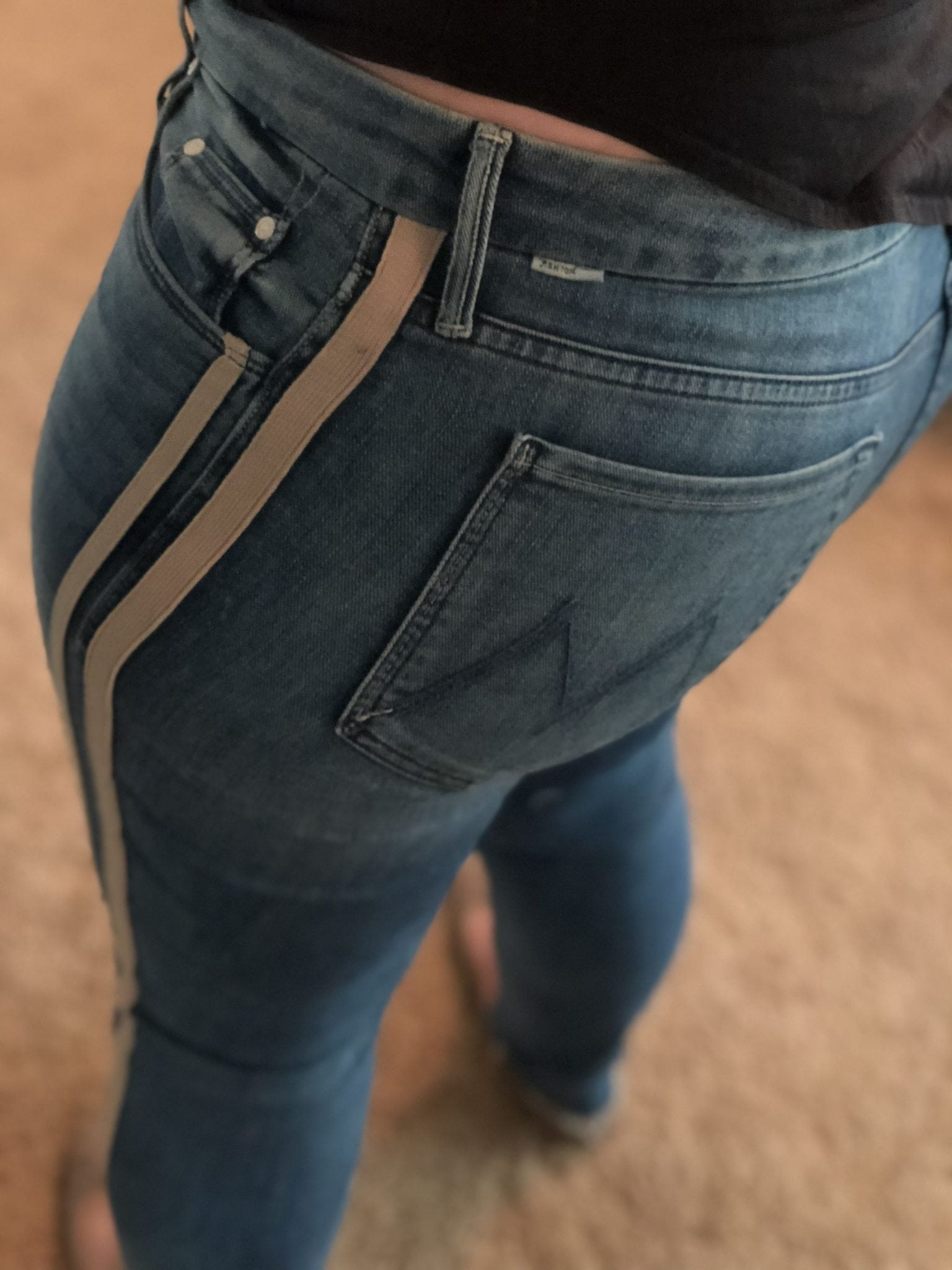 1a590ff831a5 Thunderstruck Racer · Mother Denim The Looker Frayed Ankle Skinny